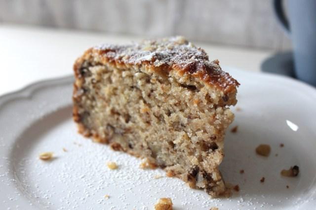 sour walnut cake7