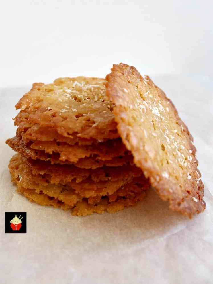 25 Last Minute Christmas Cookie Ideas. Coconut Thins.