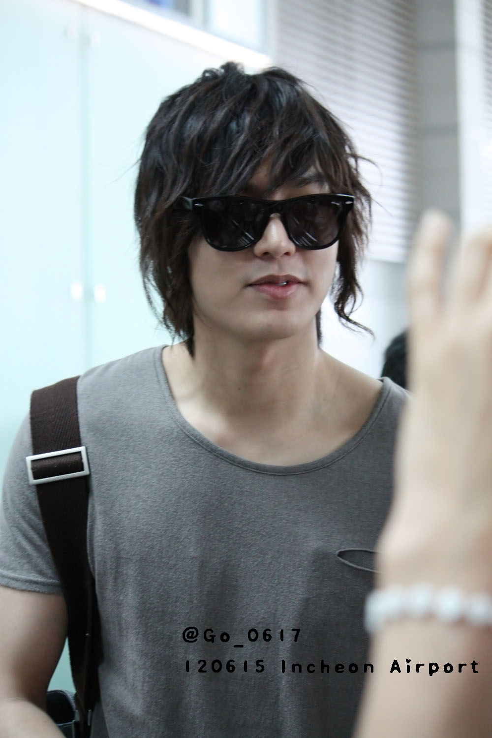 Photo 120615 Lee Min Ho Incheon Airport Depart For US