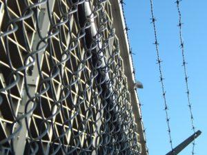 prison-482619_960_720