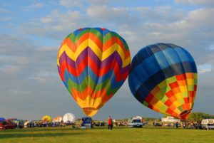 hot-air-ballooning-1818015_960_720