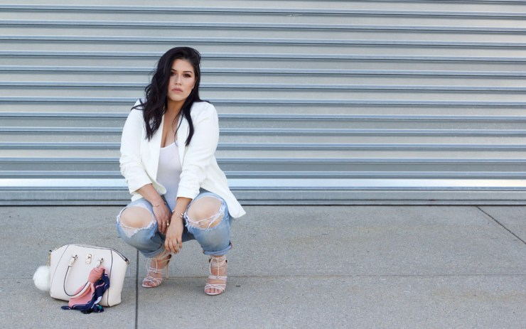 white-blazer-casual-outfit