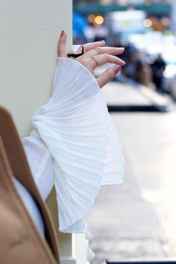 statement-sleeves-accessories