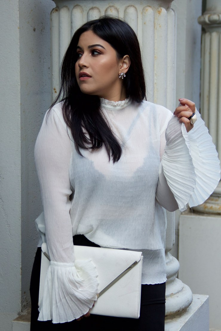 statement-sleeves-blouse