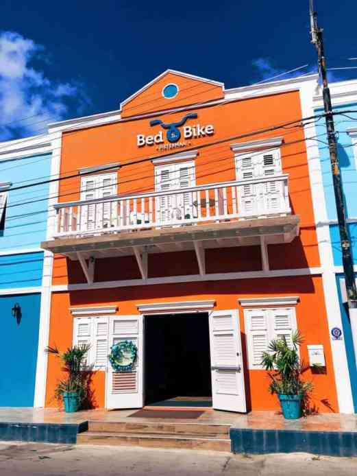 Where to stay in Curacao: Bed and Bike Curacao hostel
