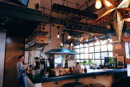 Inside of a trendy decorated juice bar in Condesa