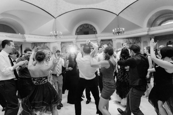 classic-chateau-wedding-new-jersey-casey-fatchett-photography-5