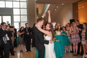 first-dance-photo-photography-chloe-jackman