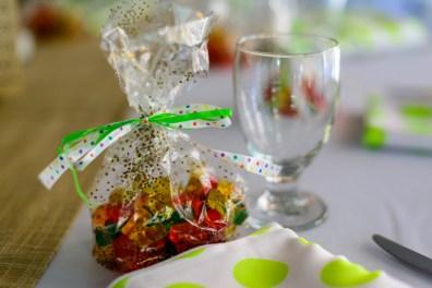 gummi-bear-wedding-favors