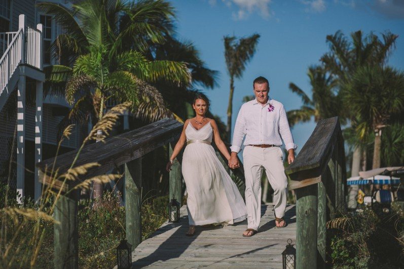 palm-island-beach-wedding-97