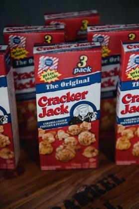cracker-jack-wedding-favor-roots-of-life-photography