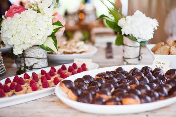 dessert-table-vermont-wedding-camera-famosa-photography
