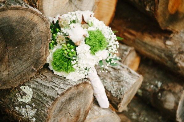 green-and-white-bridal-bouquet