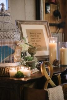 rustic-vintage-wedding-card-table