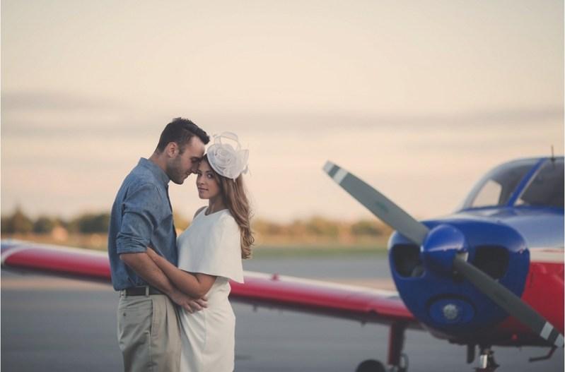 vintage-airplane-engagement-shoot-makayla-jade-photography1