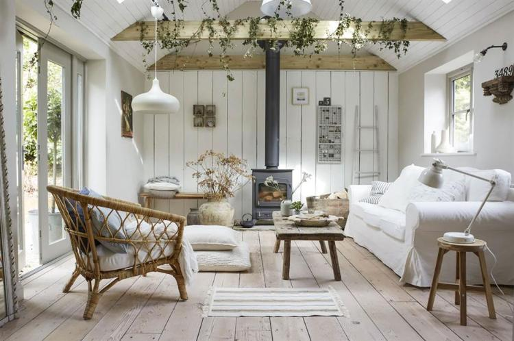Country Decorating Ideas For Creating Homey Spaces Loveproperty Com