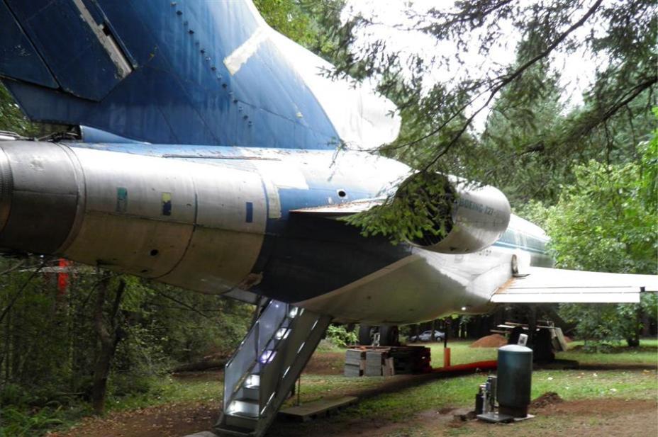 Оригинальный дом-самолет стоимостью примерно 100 000 долларов США.