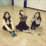 From Left: Soyeon, Younseo