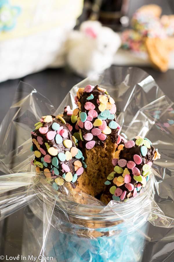 chocolate dipped almond vanilla biscotti