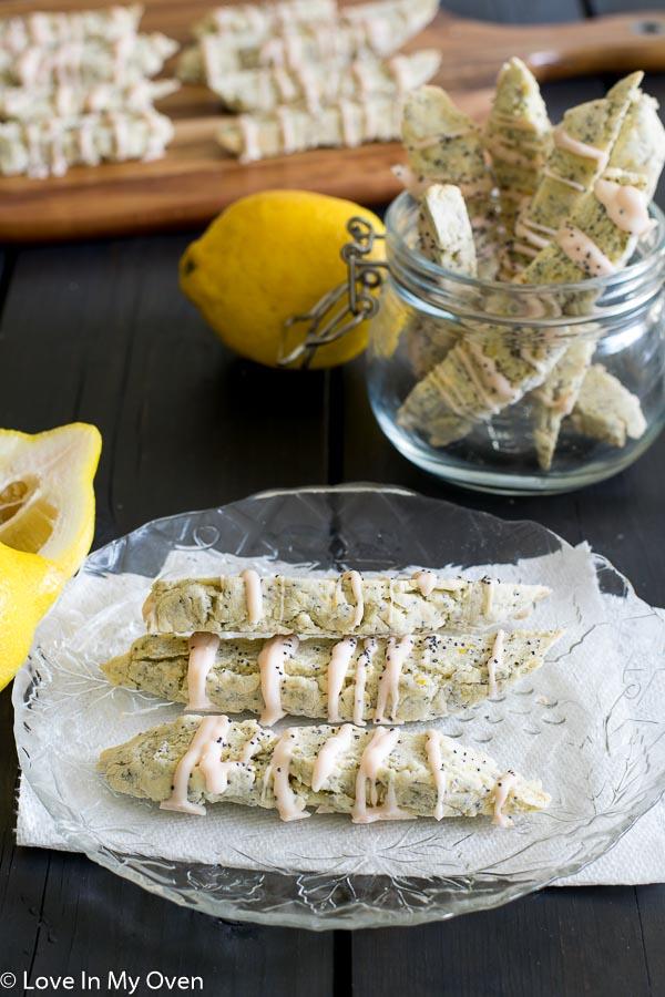 lemon poppy seed biscotti