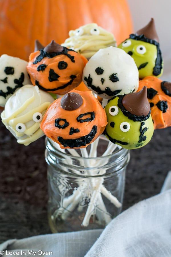 Halloween Cake Pops | Love In My Oven