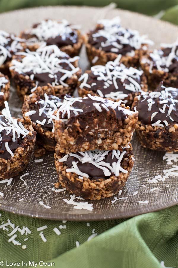 Healthy Chocolate-Coconut Baskets-10