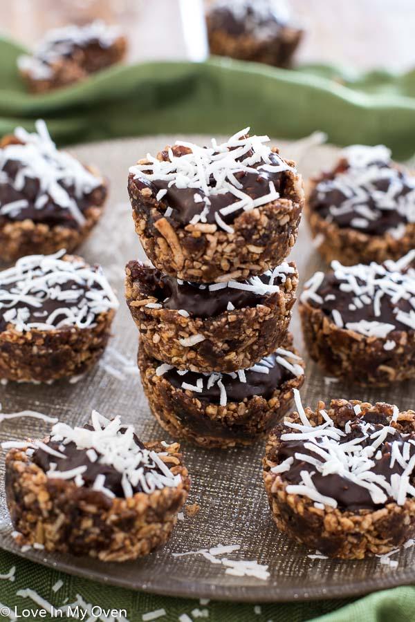 healthy chocolate-coconut baskets