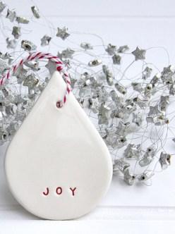 http://www.carolinec.com.au/inc/sdetail/teardrop_joy_decoration/91/887