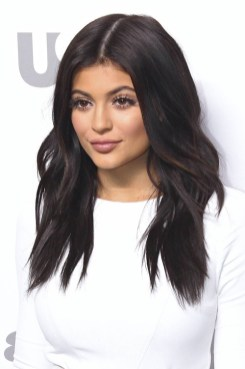 Kylie-Jenner-dark-brown-hair-color-2016