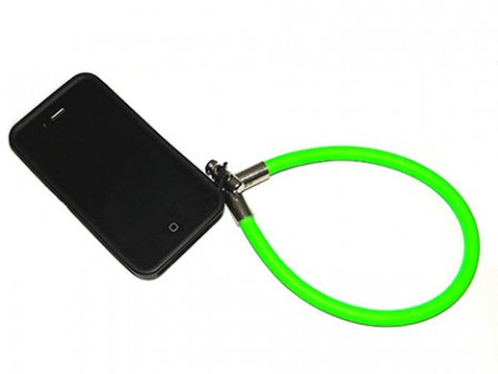 IPHONE-RUBBER-LIME-TWIST-448x336