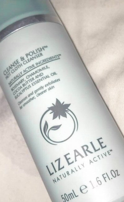 Full review on Liz Earle Hot cloth cleanser