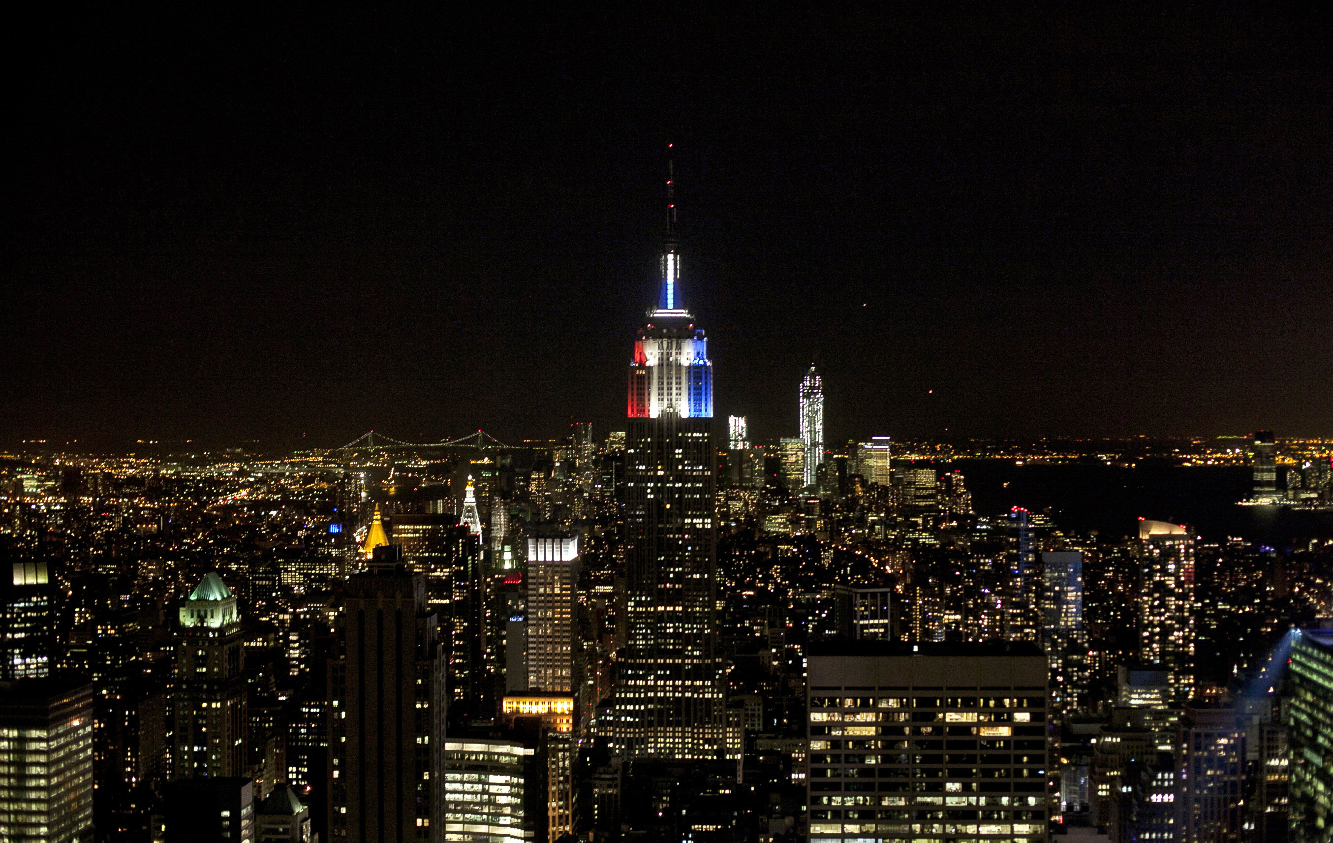 The Empire State Building Is Now Blood Red After Gop Takes