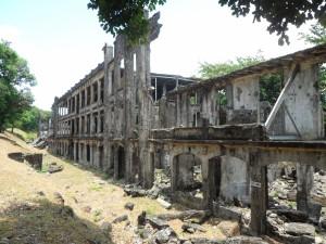 Corregidor Middle barracks (2)