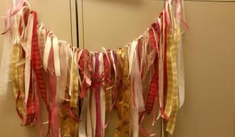 pink-gold-garland
