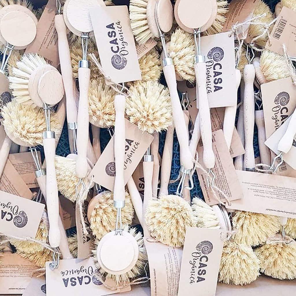 Dishwashing brushes.