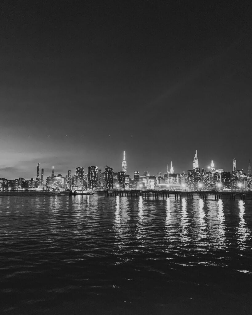 Black and white photo of NYC skyline by Loveleaf Co.