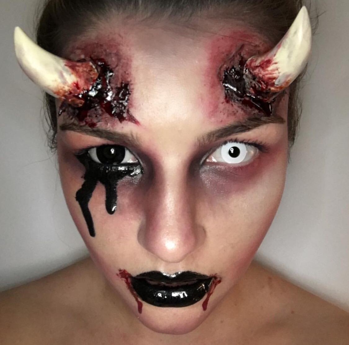 Be-Witching Halloween-Make-up