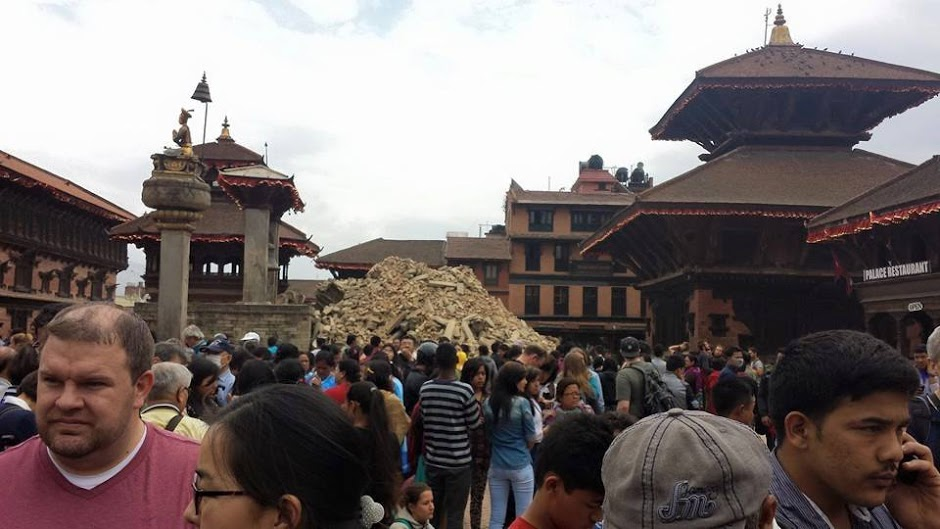 My tears are now falling for #NepalEarthquake victims (4/6)