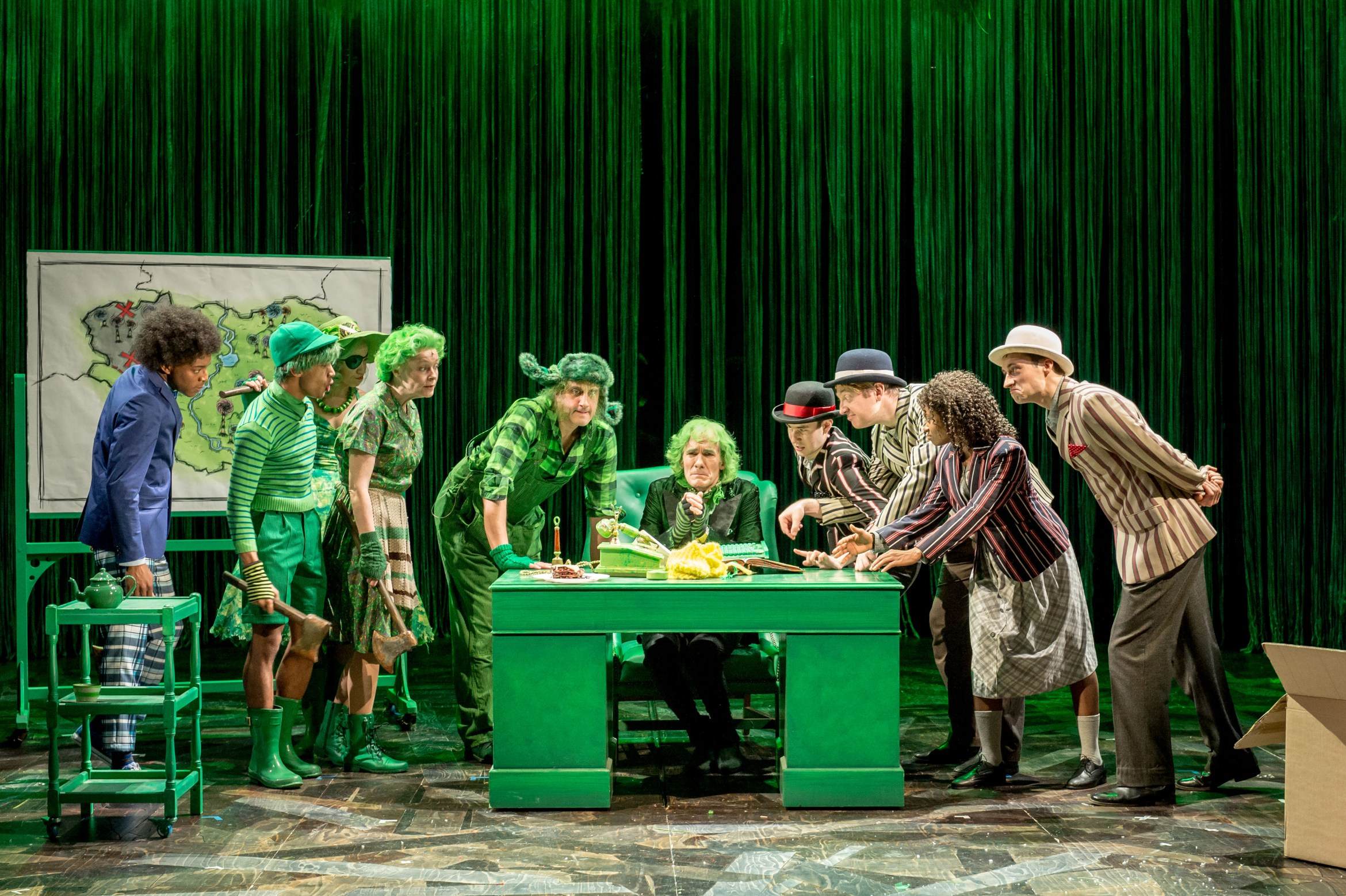 Cast image - The Lorax at The Old Vic. Photos by Manuel Harlan. (3)