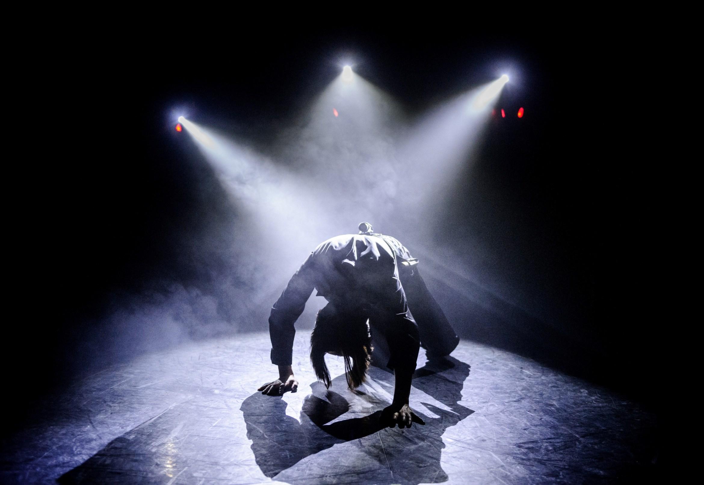 Theatre Ad Infinitum - 'Light'  (c) Alex Brenner