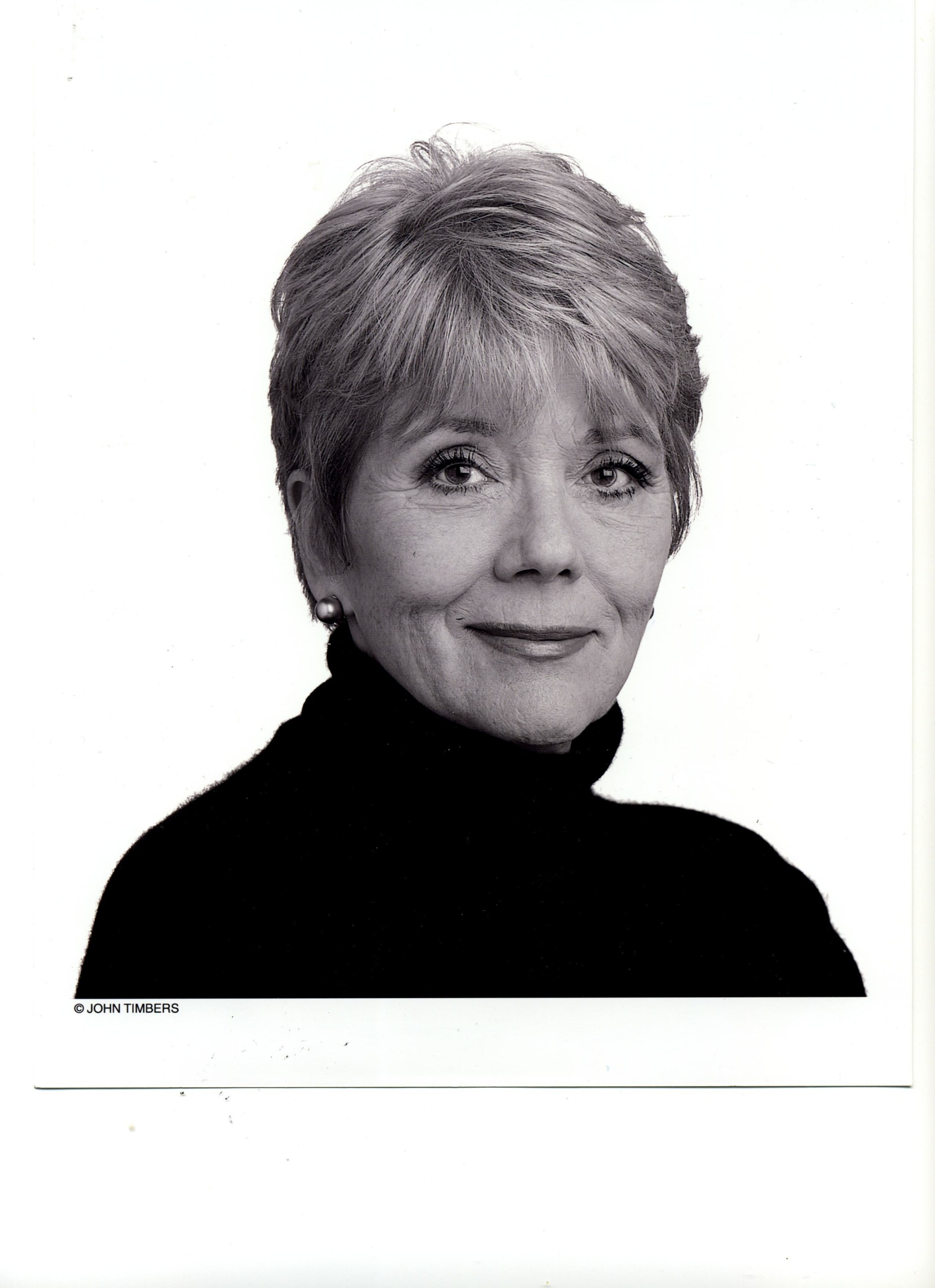 Diana Rigg002