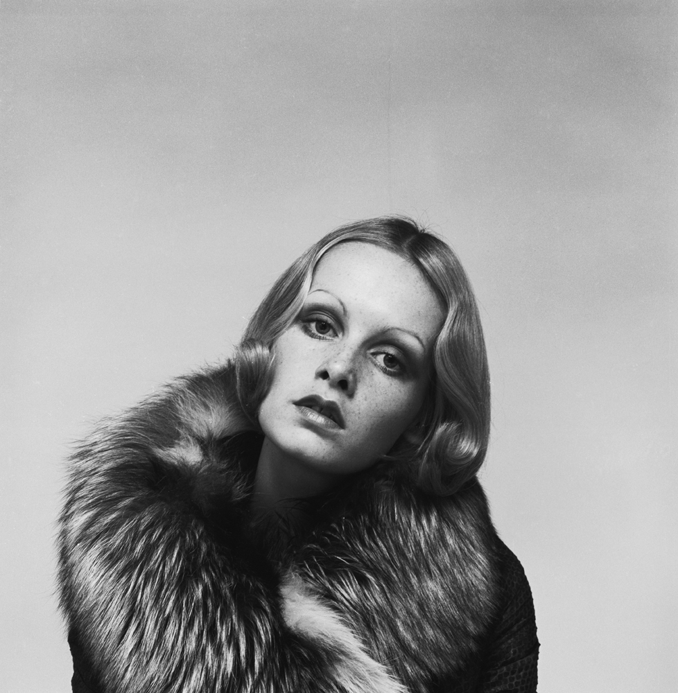 Justin de Villeneuve - Twiggy wearing a fur coat in a promotional shot for Ken Russell%27s %27The Boy Friend%27%2c 1970 © Justin de Villeneuve.jpg