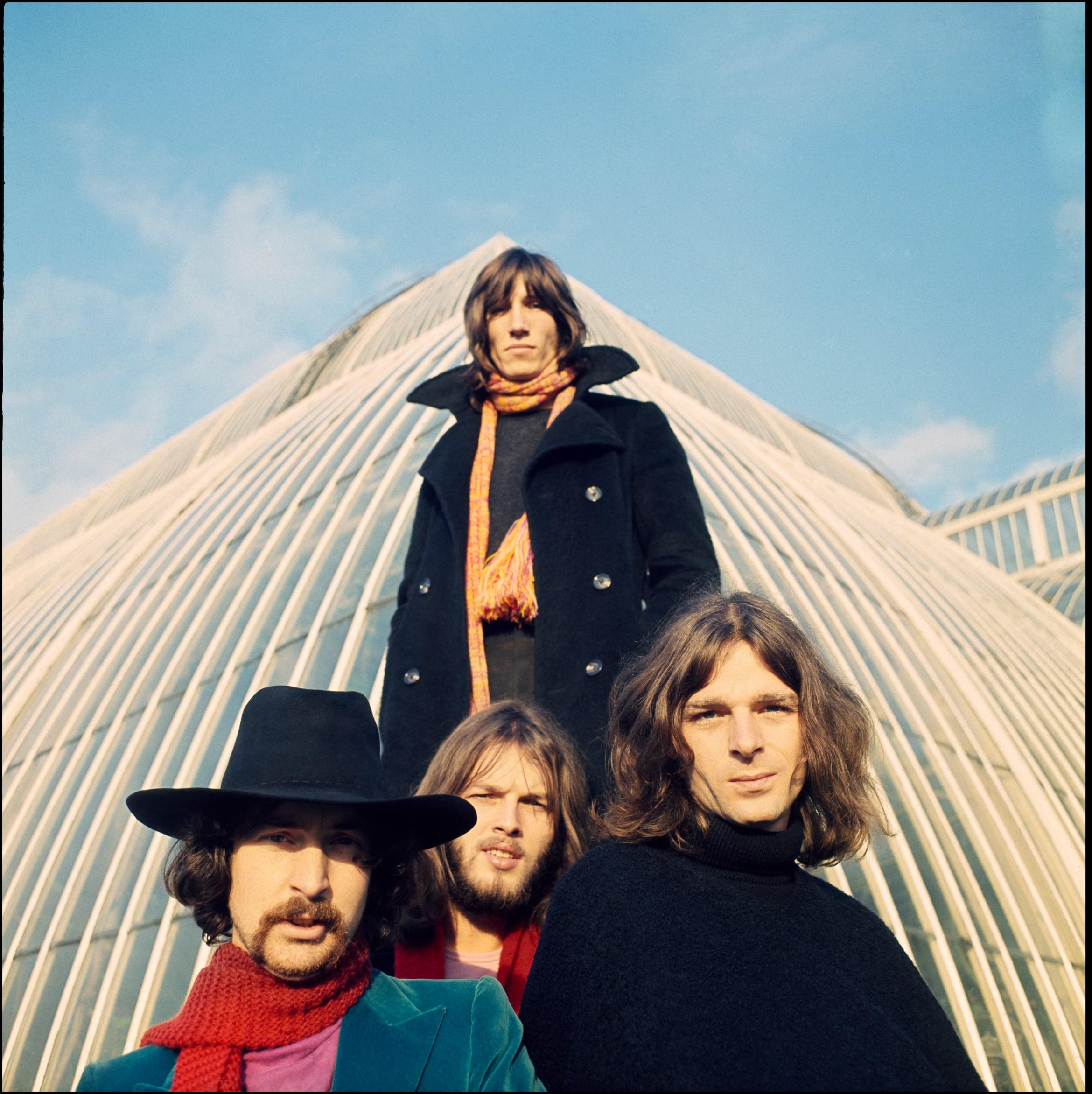 3_Pink_Floyd_NPA837A-8_-Photographer_Storm_Thorgerson_-_-Pink_Floyd_Music_Ltd.jpg