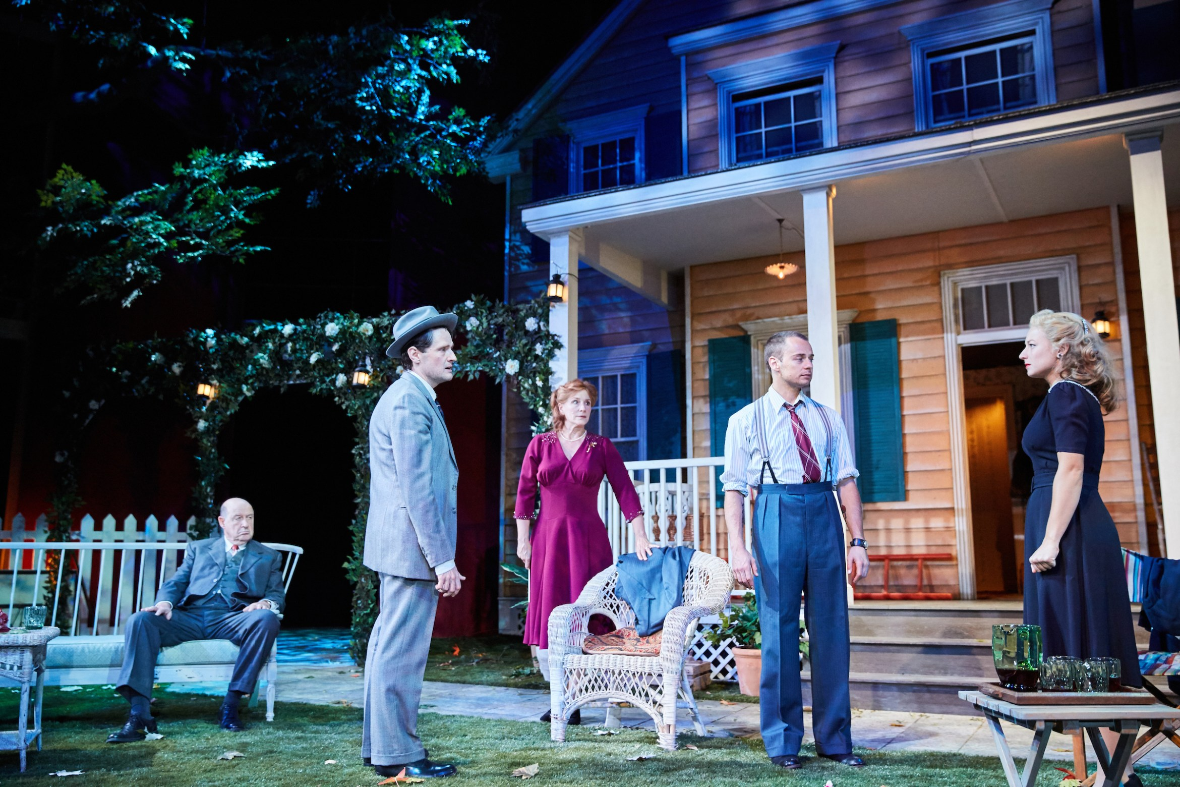 All My Sons at the Rose Theatre. Photo by Mark Douet _31B1122.jpg