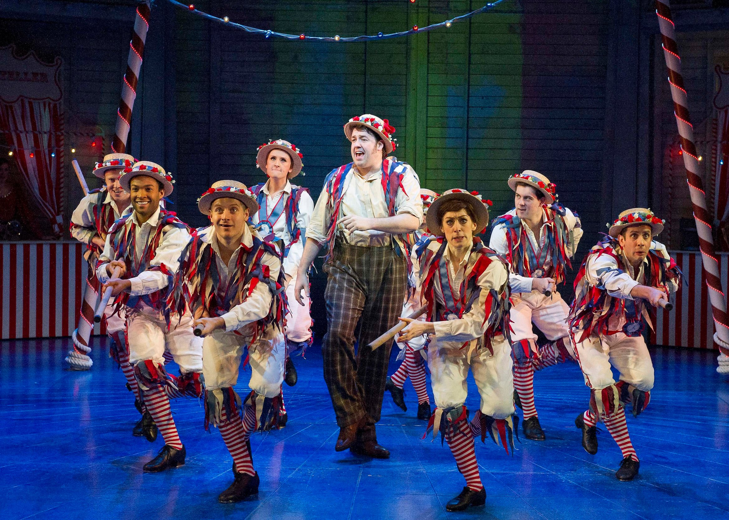 Jason Manford (centre) as Caractacus Potts and the cast of Chitty Chitty Bang Bang. Credit Alastair Muir - Copy.jpg