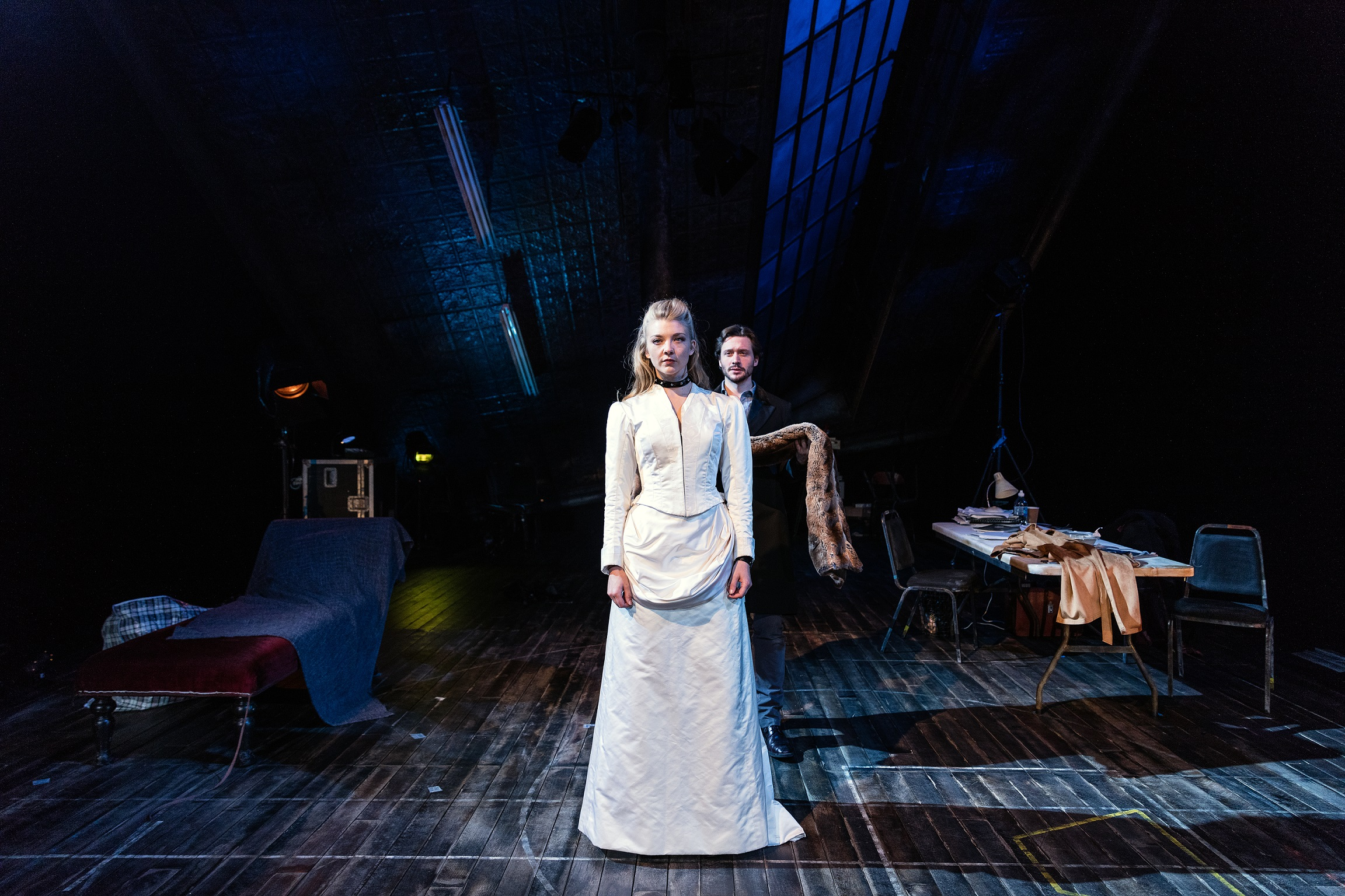 Natalie-Dormer-and-David-Oakes-in-Venus-in-Fur-at-Theatre-Royal-Haymarket.-Credit-Darren-Bell.jpg