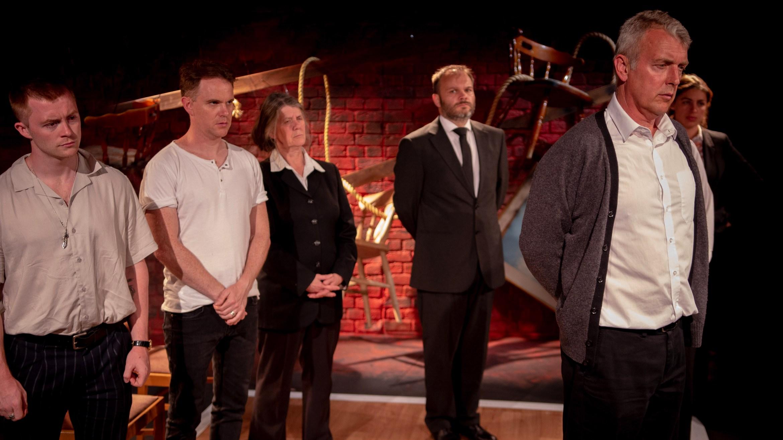 Angus Castle-Doughty, Sean Stewart, Shenagh Govan, Richard Fish, Euan Macnaughton and Saria Steel in I AM OF IRELAND, credit of Michael Robinson.jpg