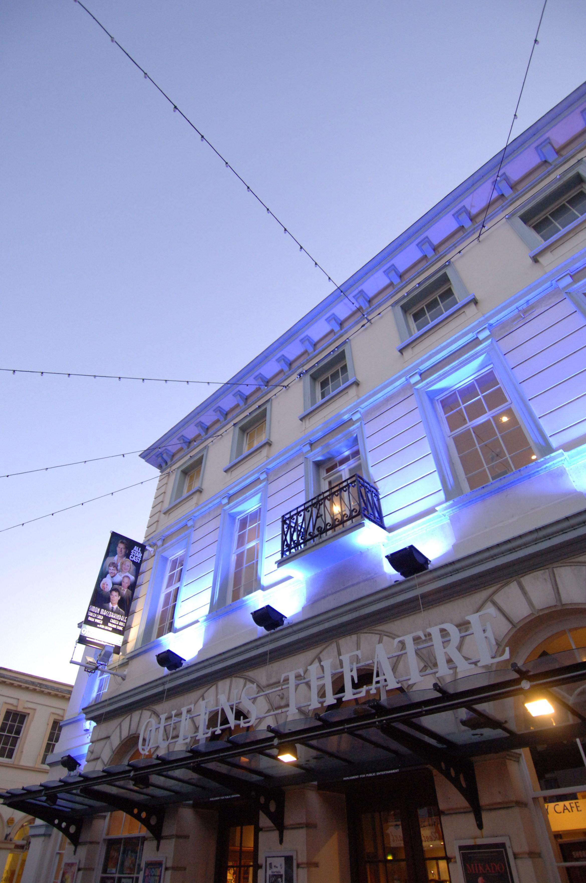 Queen's Theatre.JPG