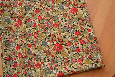 Lovely drapy polyester at £2.40/m from Leeds Market