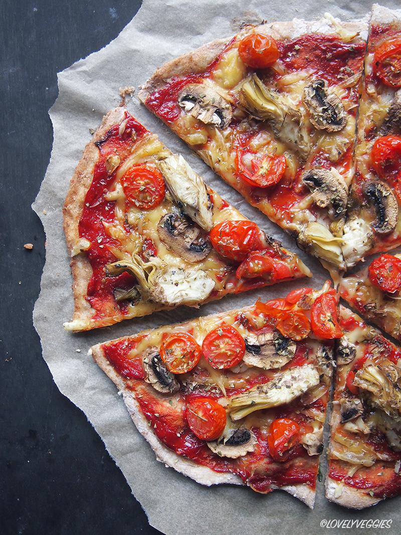 vegaaninen, pizza, kasvisruoka, illallinen, vegaaninen pizza, pizza taikina, lounas, päivällinen,